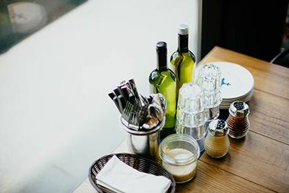 Carbon Free Dining - 8 Steps To Great Restaurant Customer Service-4