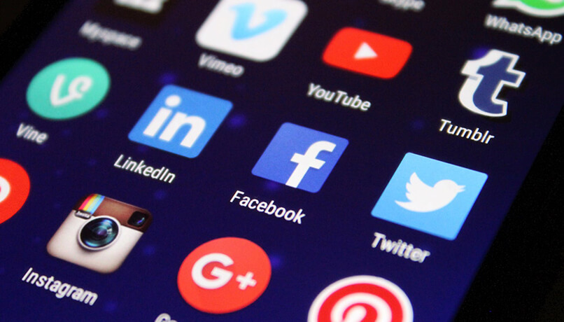 Carbon Free Dining - Achieving Social Media Success 7 Tips